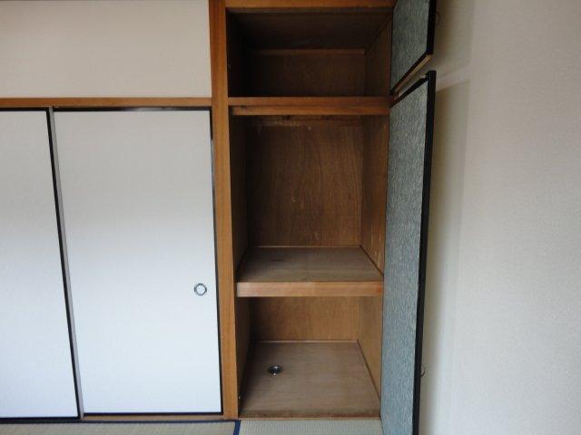 クリスタルハイツⅠ 00102号室の収納