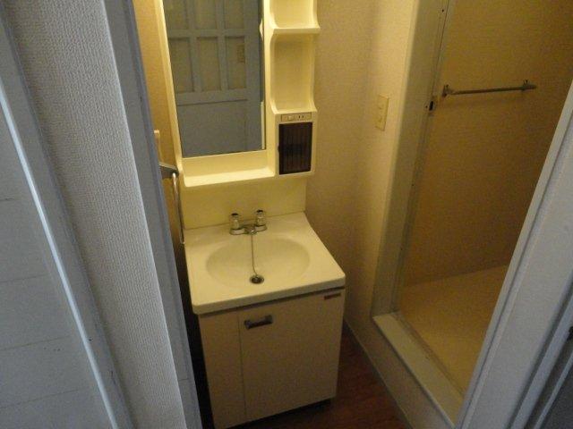 クリスタルハイツⅠ 00102号室の洗面所