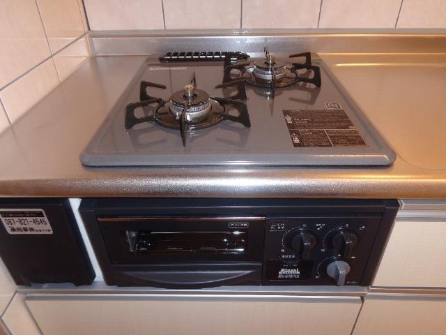ベース新田南 00102号室のキッチン