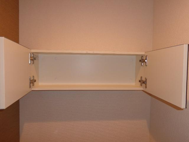 ベース新田南 00102号室のトイレ