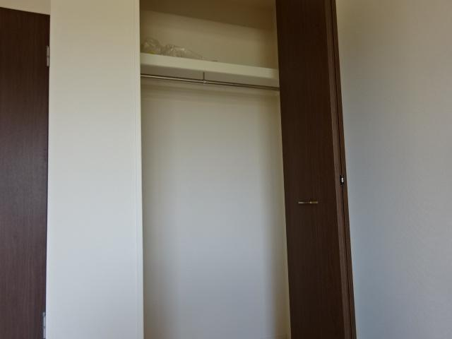 イニシオA 101号室の収納