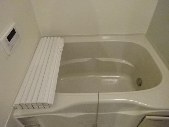 イニシオA 101号室の風呂