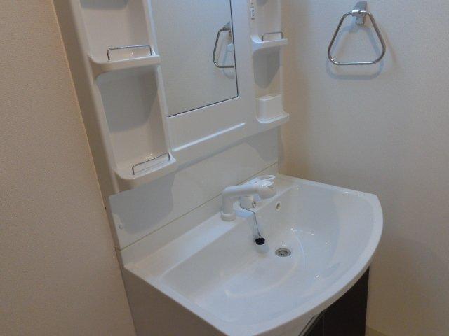 アルページュ 201号室の洗面所