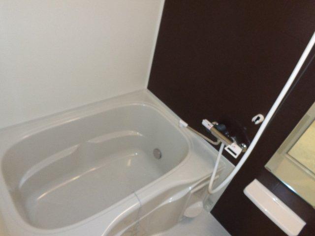 アルページュ 201号室の風呂