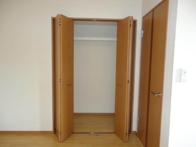 サンブレス 00101号室の収納
