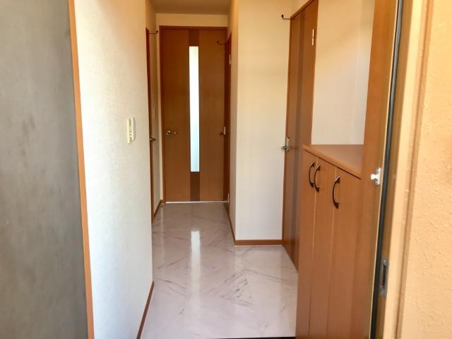 リバティーコート 205号室の玄関