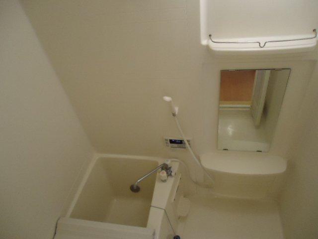 グランディール 00101号室の風呂