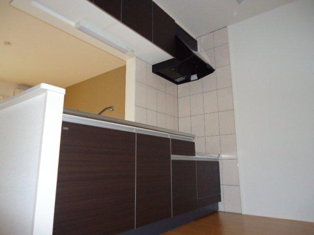 ロジェB 101号室のキッチン