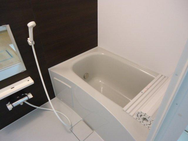 ロジェB 101号室の風呂