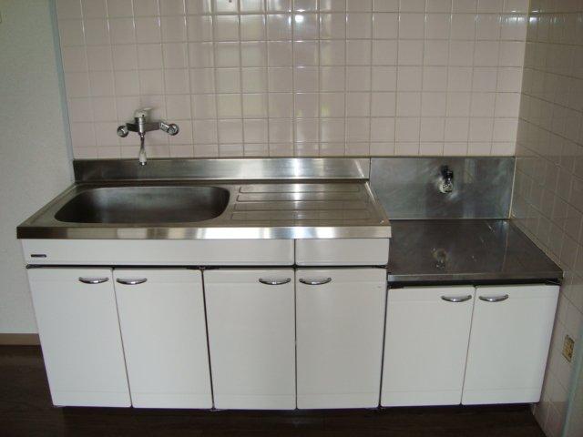 サニプレイス遊 00103号室のキッチン