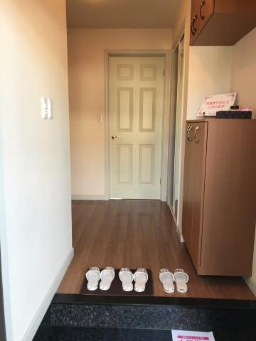 サンジュールイーストB 00102号室の玄関