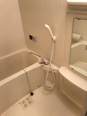 サンジュールイーストB 00102号室の風呂