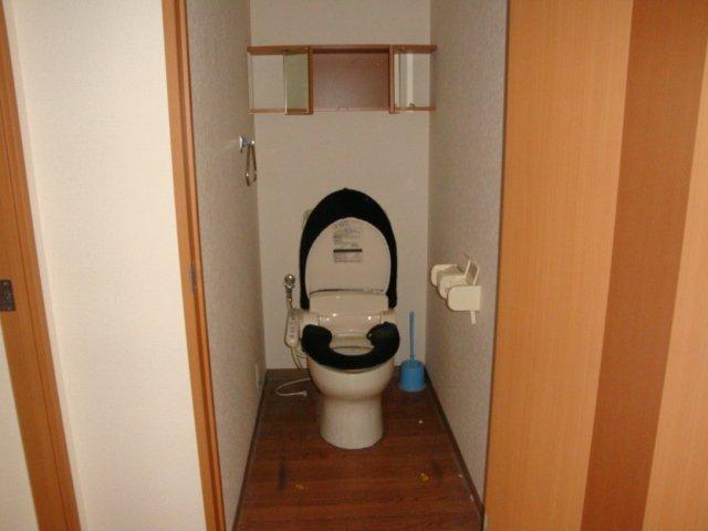エルシオンⅢ 108号室のトイレ