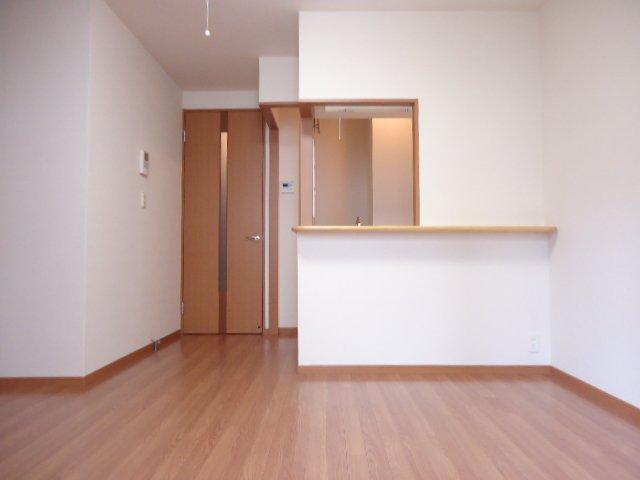 ベル・アシューレ 00102号室のリビング