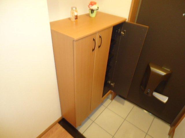 ベル・アシューレ 00102号室の収納