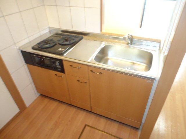 ベル・アシューレ 00102号室のキッチン