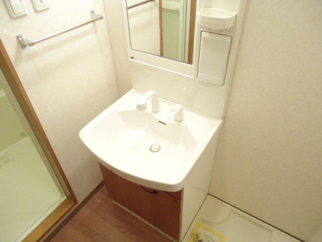 ベル・アシューレ 00102号室の洗面所
