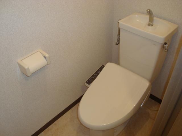 レジデンス梶ヶ谷 00202号室のトイレ