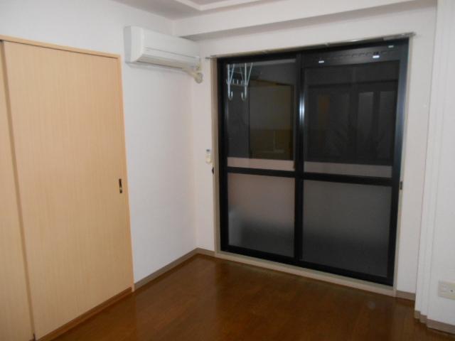レジデンス梶ヶ谷 00202号室の居室