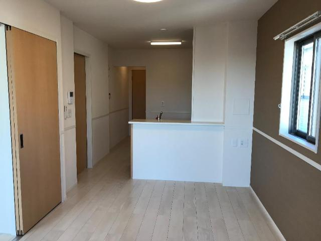 ルミナス 205号室のリビング