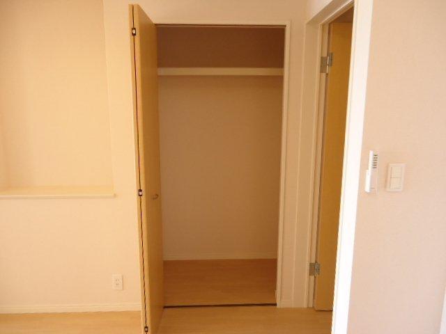 サニーヴィレッジ 00103号室の収納