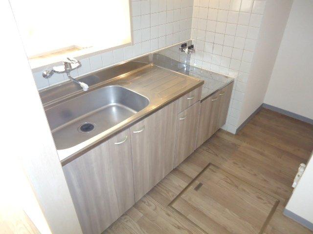リヴィエール 00101号室のキッチン