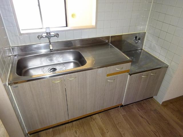 リヴィエール 201号室のキッチン