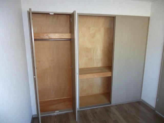 リヴィエールⅡ 00102号室の収納