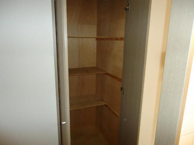 リヴィエールⅡ 00105号室の収納