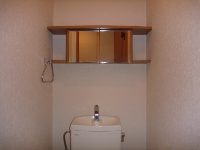 プレッソリーバ 101号室のトイレ