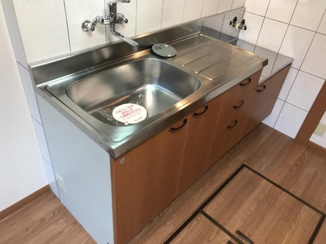 ウィステリア 103号室のキッチン
