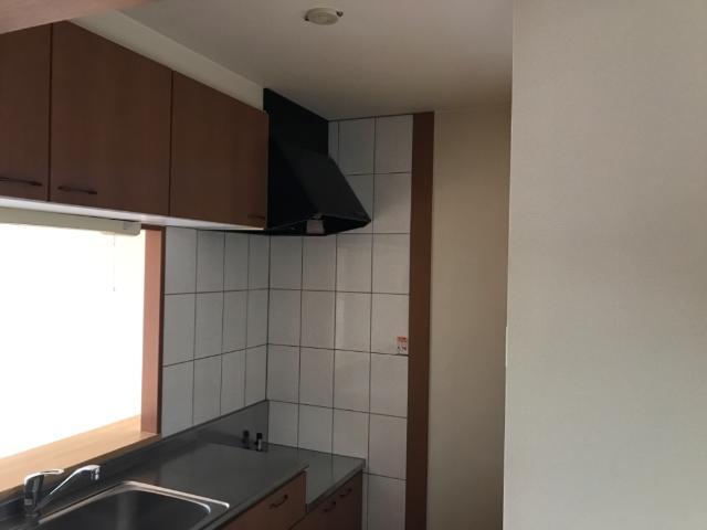 グリーンコート 102号室のキッチン