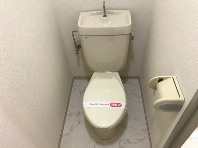 アストラル2 305号室のトイレ