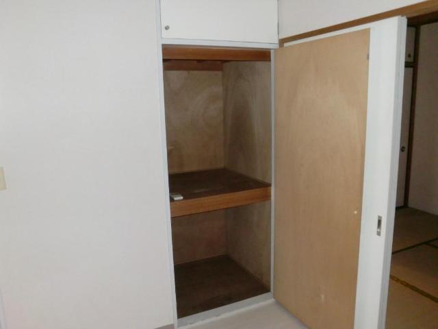 メゾンミヤマエ 202号室の収納