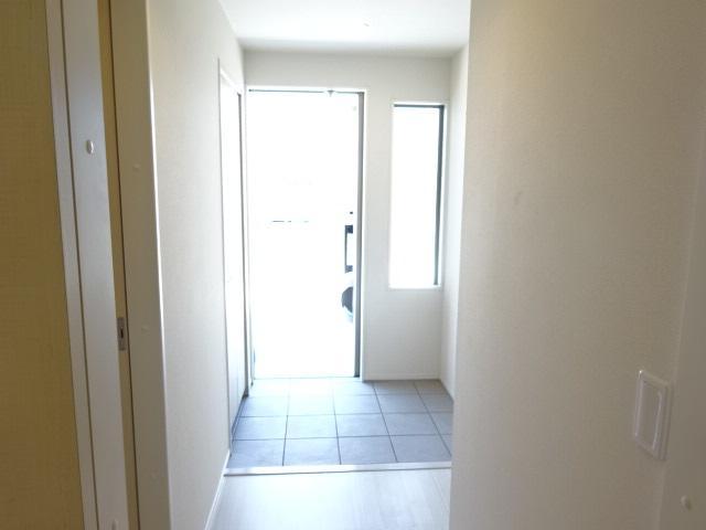 メルヴェーユ 103号室の玄関