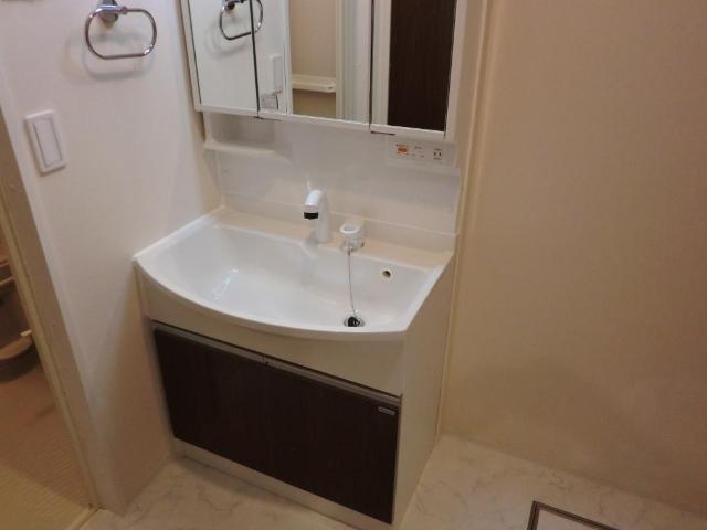 仮)加須市外川ロココモダン 202号室の洗面所