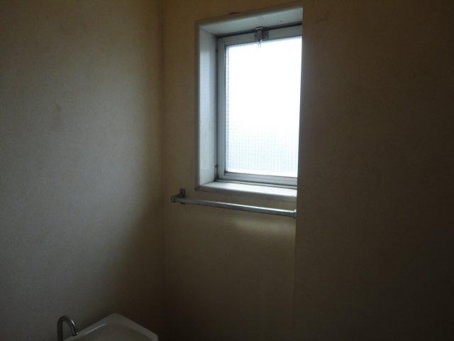 美春マンション 00301号室のトイレ