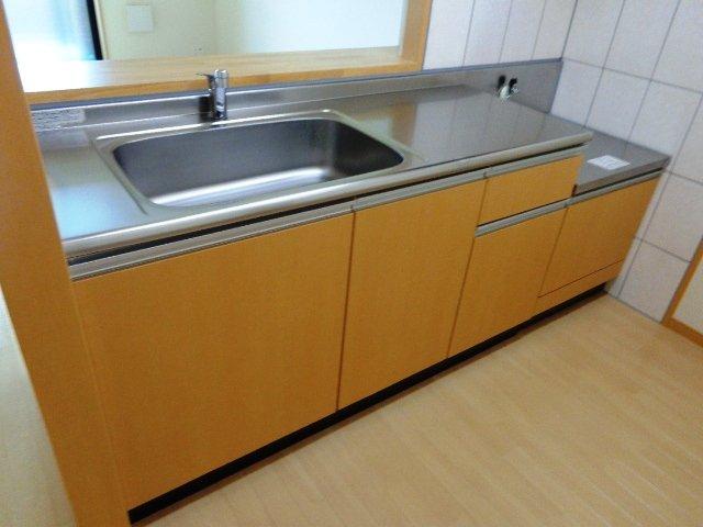 ハレクラニⅠ 202号室のキッチン