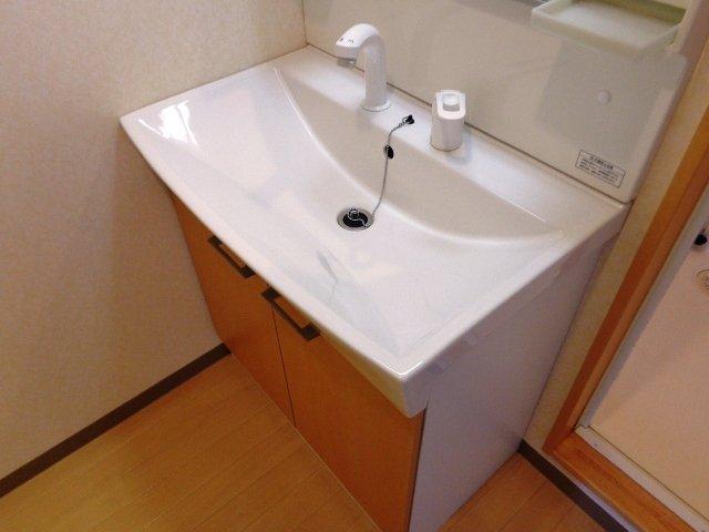 ハレクラニⅠ 202号室の洗面所