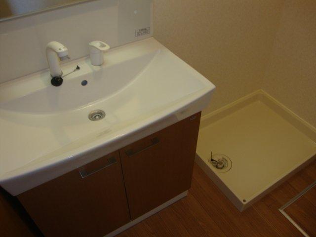 O-ZONE 知多 202号室の洗面所