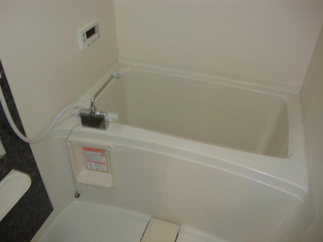 O-ZONE 知多 202号室の風呂