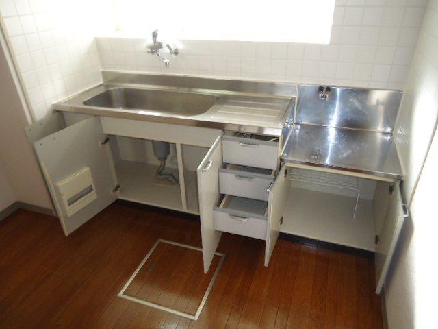 ハイツパークサイド 102号室のキッチン