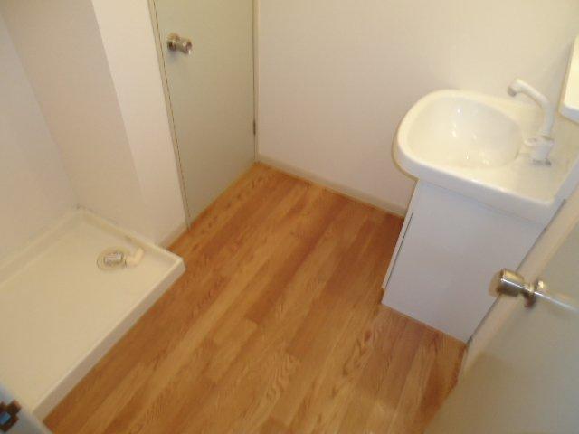 ハイツパークサイド 102号室の洗面所