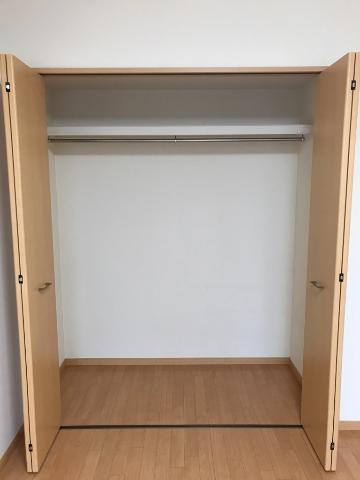 ワースファミリア 101号室の収納