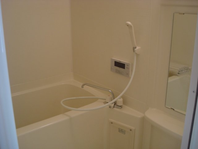フィオーレ 102号室の風呂