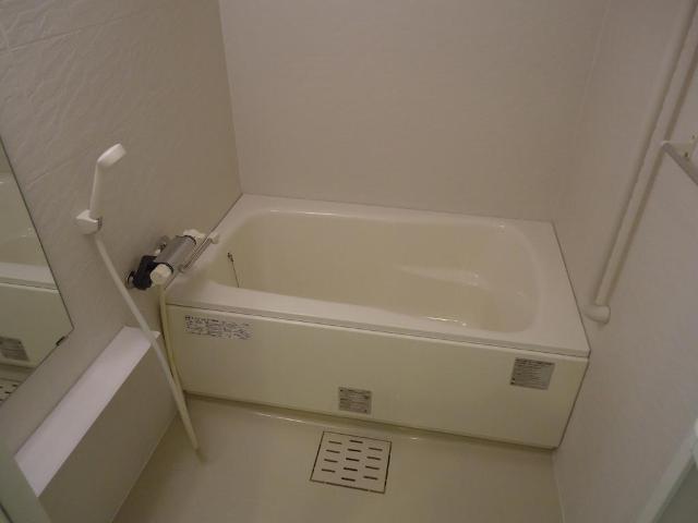 カーサ・コスモ 00201号室の風呂