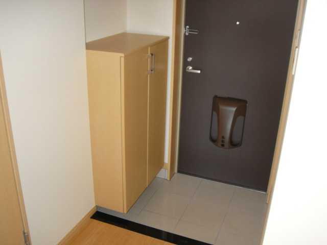 ドラクロワ 00101号室の玄関