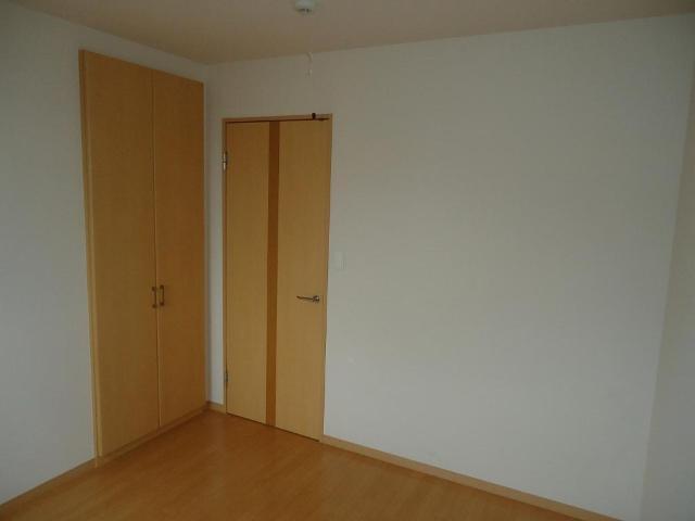 ギャレットコート 205号室の居室