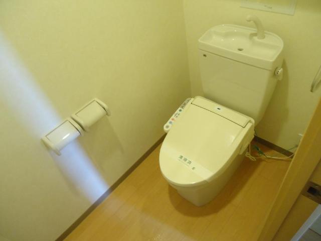 ギャレットコート 205号室のトイレ