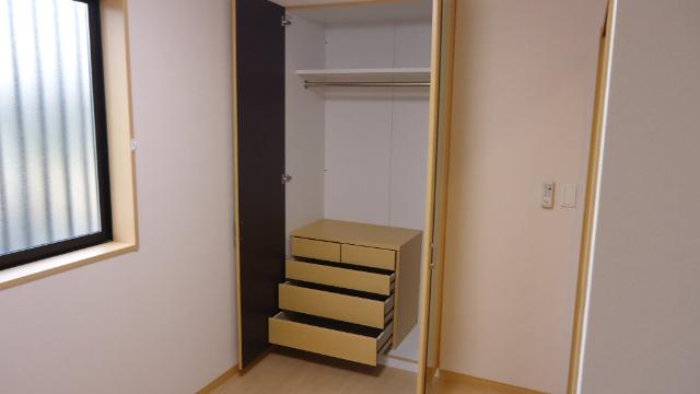 ヴァンヴェール 101号室の収納